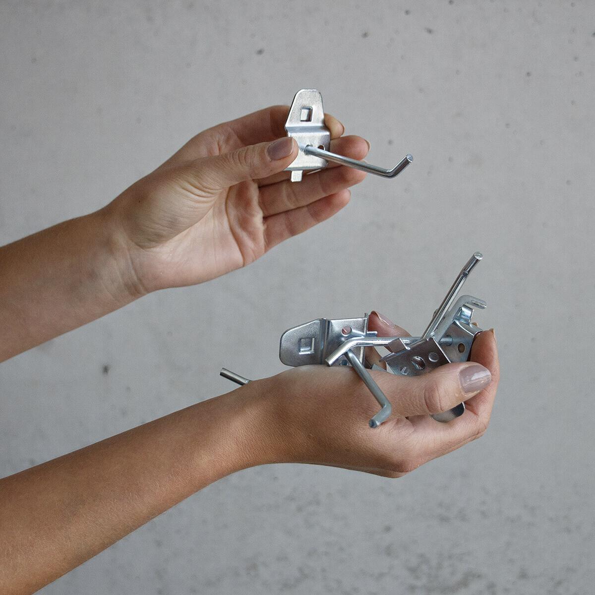 Sehr Metall Werkzeugwand mit Werkzeughalter, 3,20 € ZI27